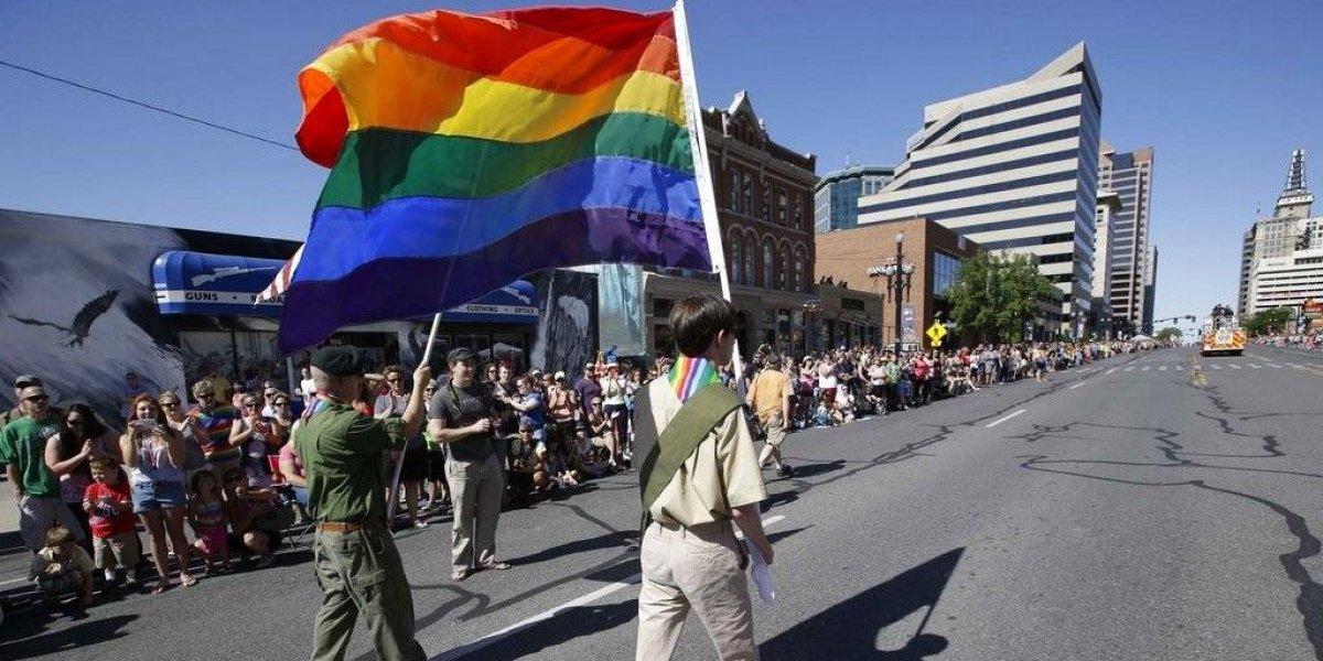 Mormones rompen relaciones con Boys Scouts en EEUU por niñas y gays