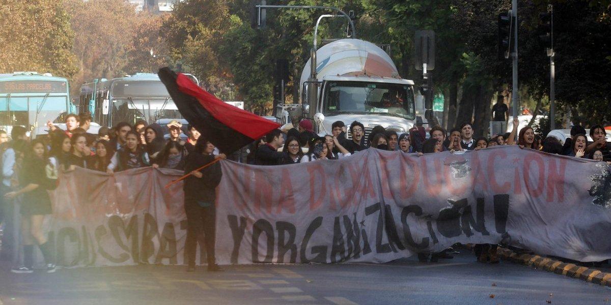 Por Recoleta no marchamos: Secundarios advierten que no seguirán recorrido impuesto por Intendencia