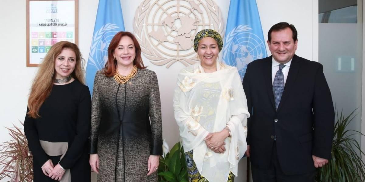 """María Fernanda Espinosa considera """"muy sólida"""" la candidatura de Ecuador a la ONU"""