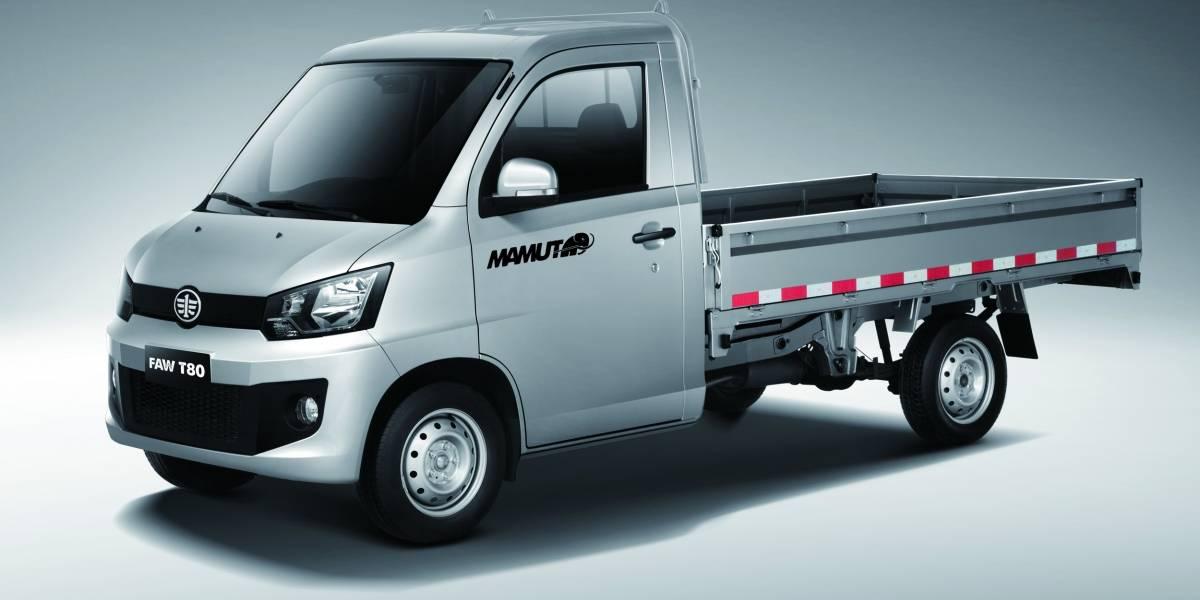 En la ExpoMayoristas, Faw muestra sus productos en autos y camiones