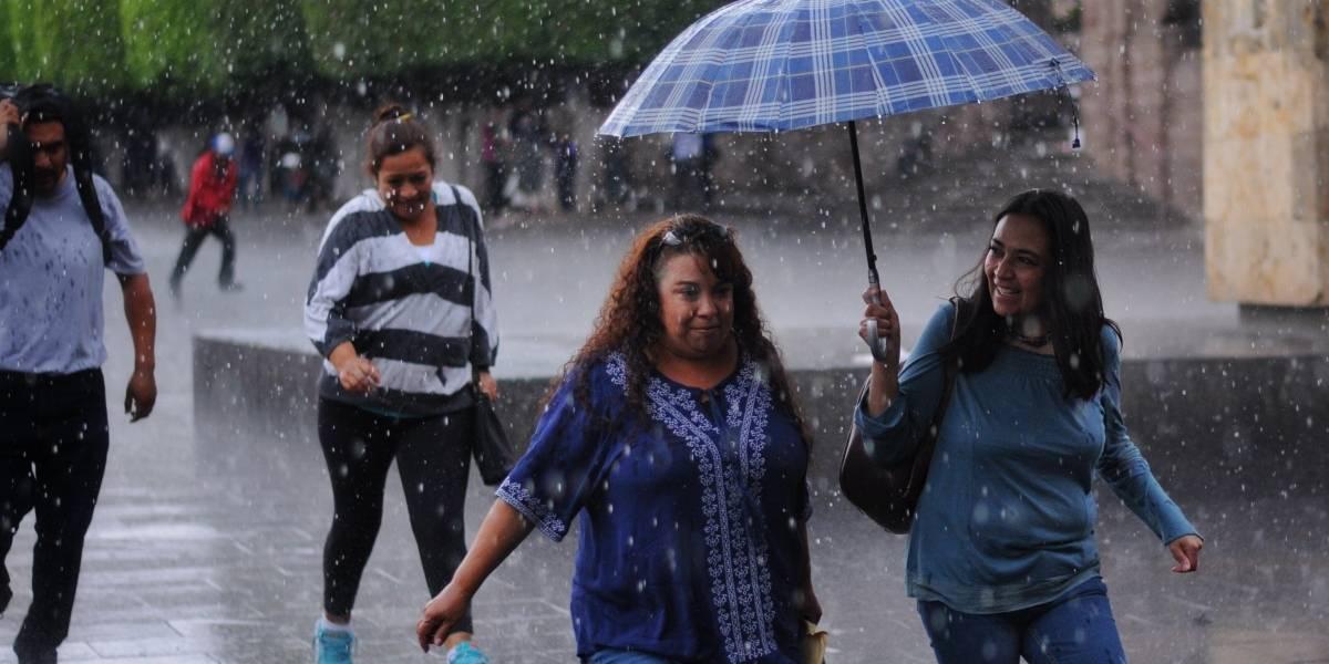 Pronostican lluvias este lunes en la Ciudad de México