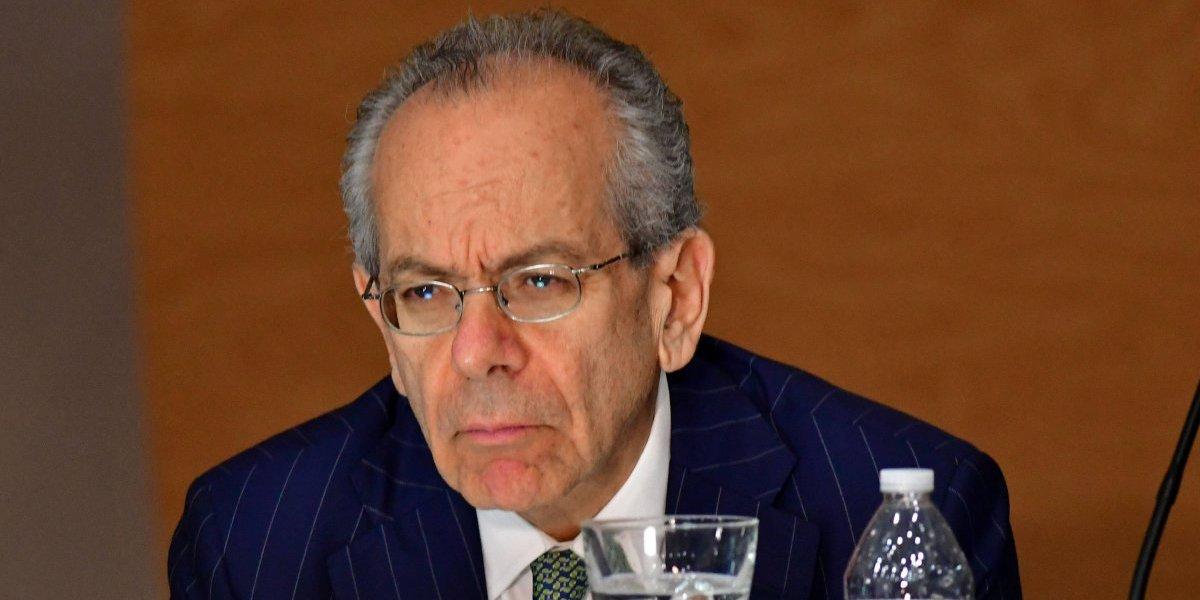 Asesor de la Junta pide a funcionarios federales que no investiguen a Matosantos