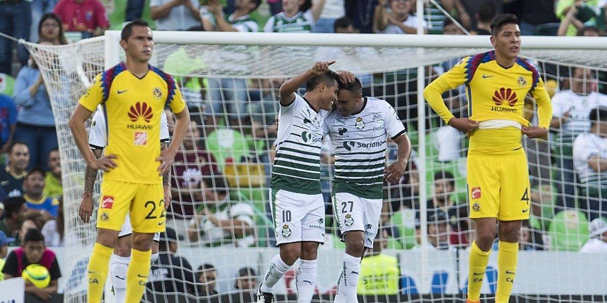 Santos despluma a las Águilas y pone un pie en la final