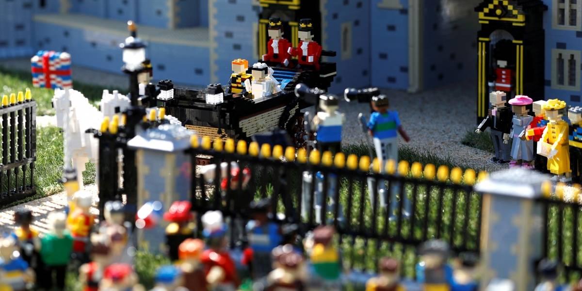 Lego prepara réplica do casamento real com direito a noivinhos e véu todo em pecinhas; veja