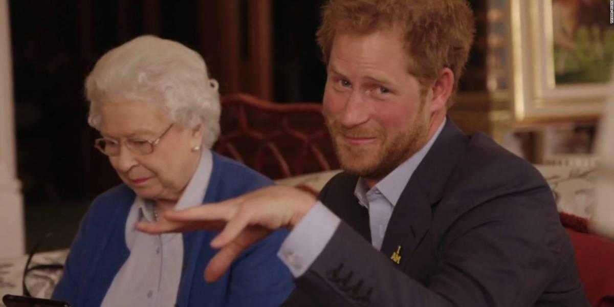 """""""A tirar el palacio de Buckingham por la ventana"""": la """"despedida de soltero del príncipe Harry"""" promocionada en un masivo evento de Facebook"""