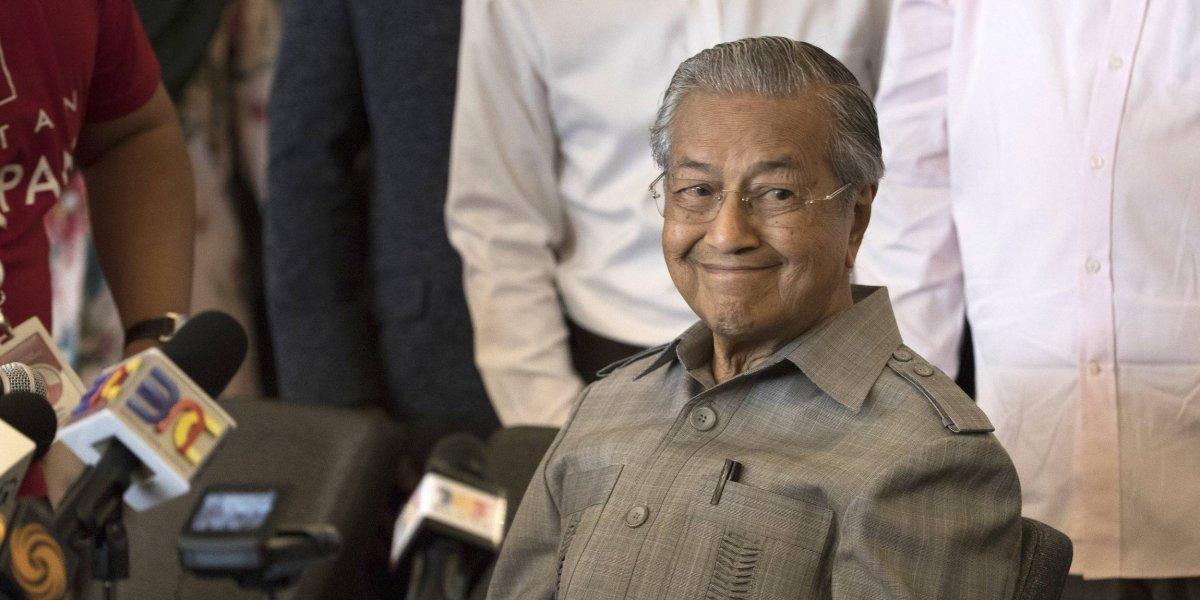 Primer ministro de Malasia se convierte en el jefe de Estado más viejo del mundo