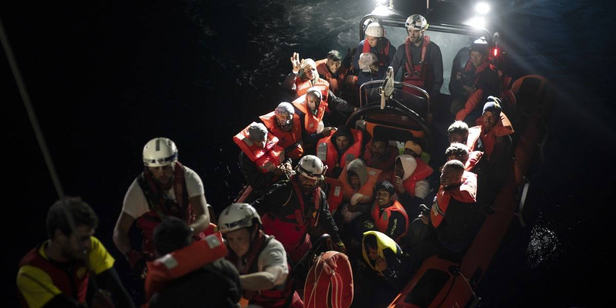 Barco Aquarius con 629 migrantes africanos será recibido en España