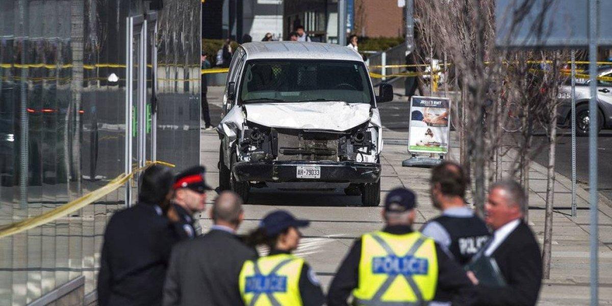 Presentan más cargos a sospechoso de atropello en Toronto