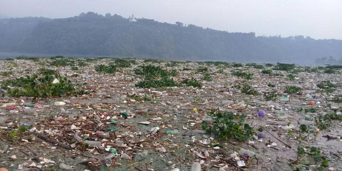 Comparten imágenes desoladoras del lago de Amatitlán tras la lluvia de ayer