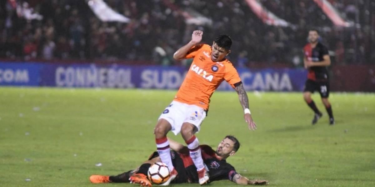 Atlético Paranaense de Esteban Pavez sufrió para clasificar en la Copa Sudamericana