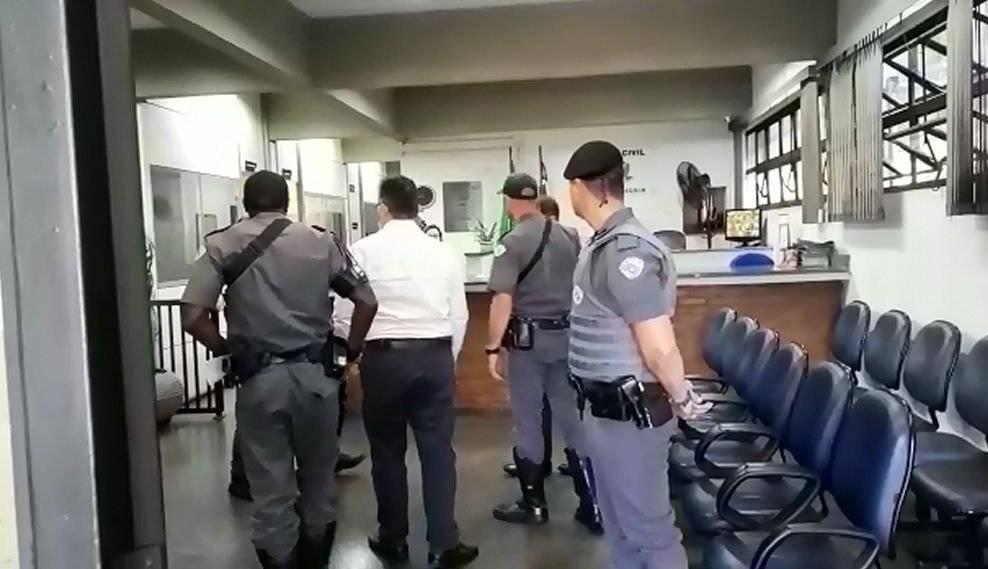 Eles foram detidos nesta manhã em uma operação coordenada pelo GEDEC