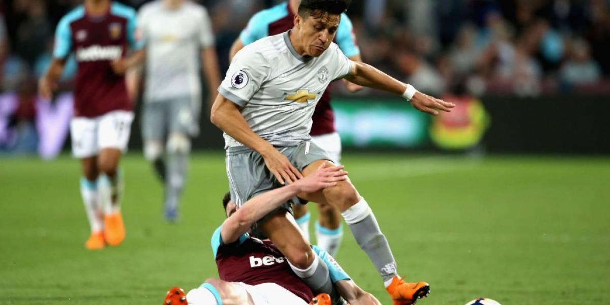 Alexis volvió a ser titular en el United en pobre empate con West Ham