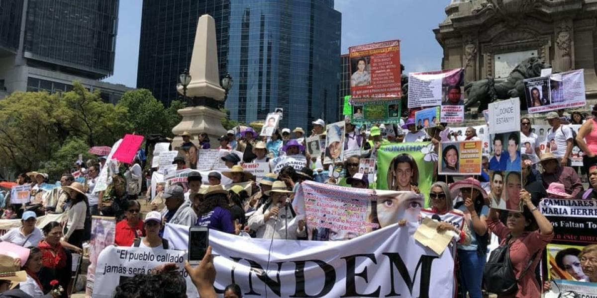 Madres marchan en la CDMX por sus hijos desaparecidos