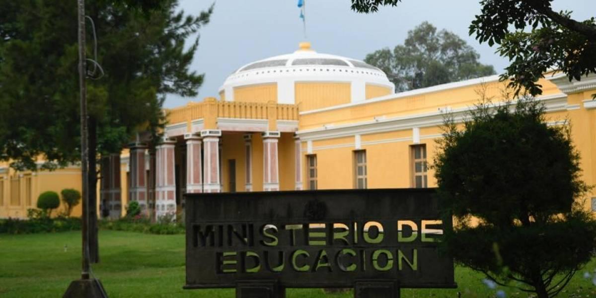 Ministerio de Educación presenta denuncia por irregularidades detectadas en la cartera
