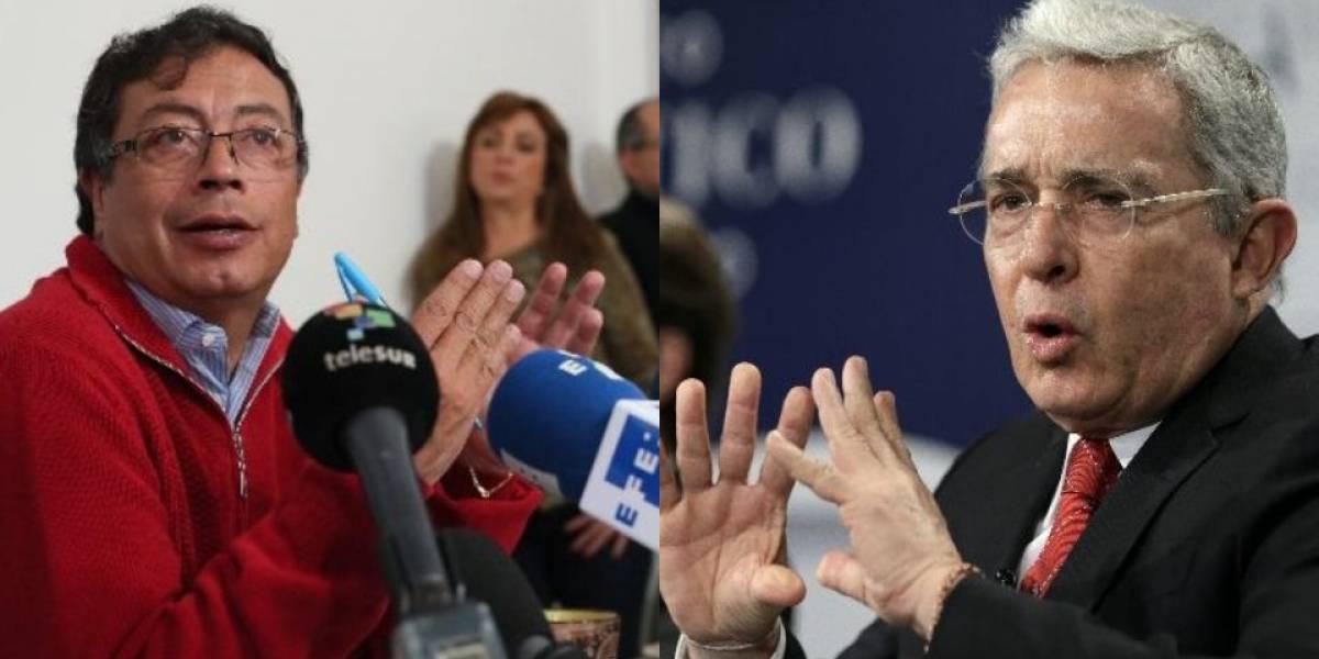 El 'vainazo' de Uribe a Petro por la propuesta de comprarle sus haciendas