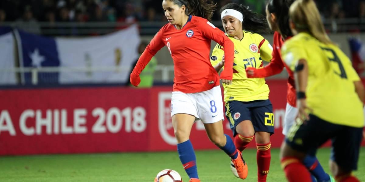 """Seleccionadas de la Roja femenina se lanzan contra Colo Colo: """"Son una mierda"""""""