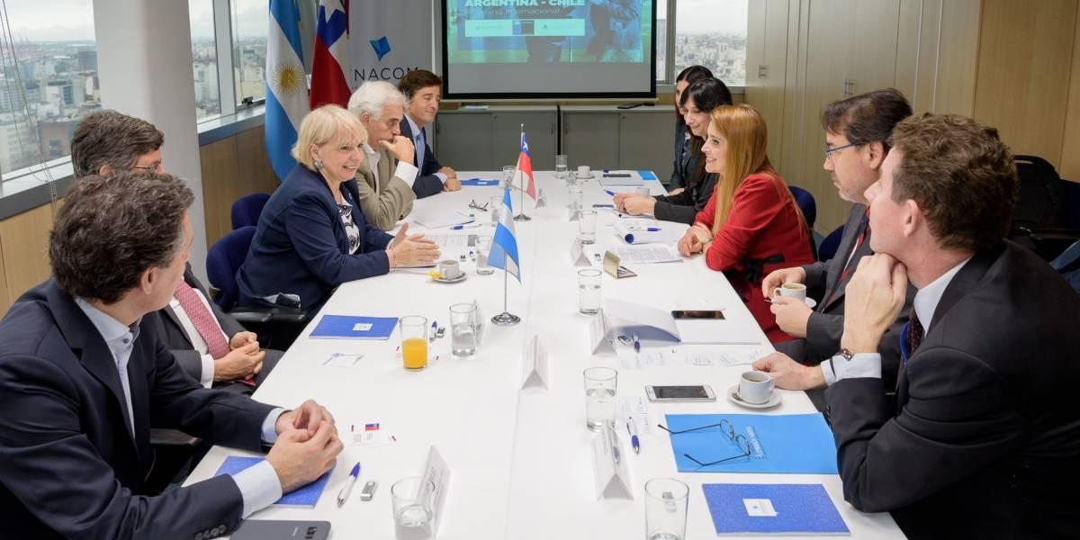 Avanzan las tratativas para eliminar el roaming entre Chile y Argentina