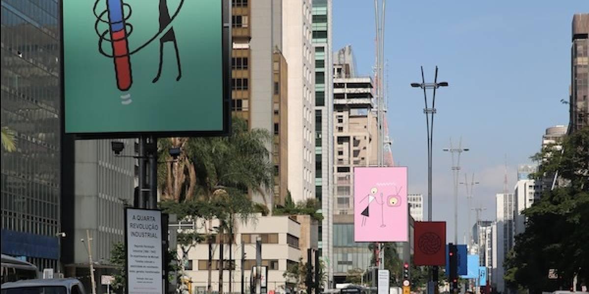 Relações de trabalho guiam exposição ao ar livre que acontece na avenida Paulista