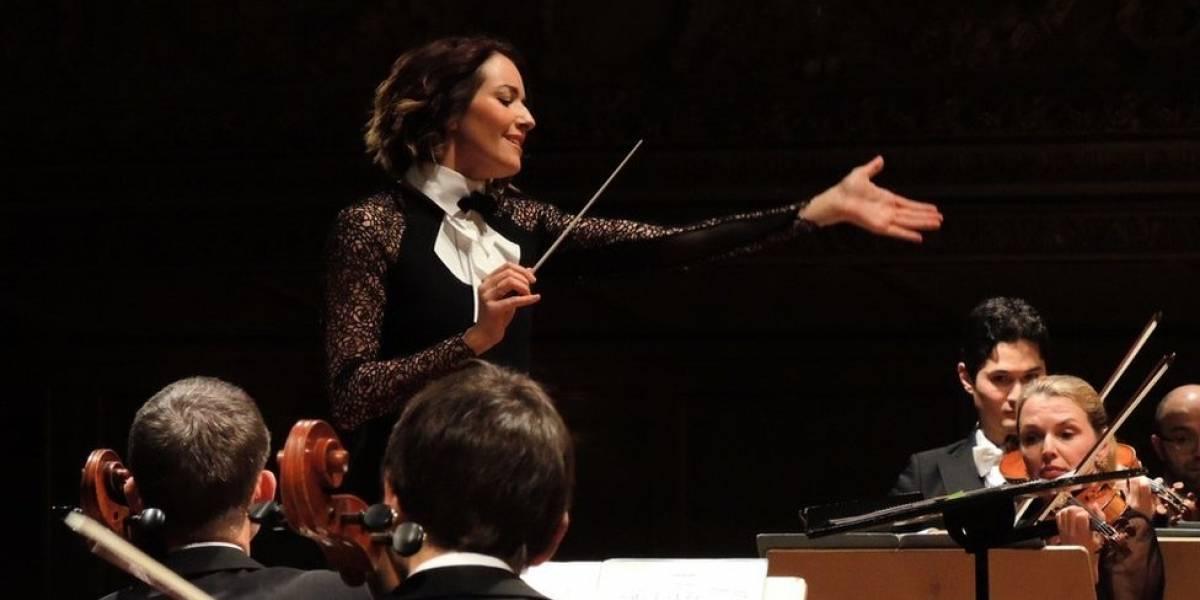 """""""México es más como un planeta que un país"""": Alondra de la Parra, directora de la Orquesta Sinfónica de Queensland"""