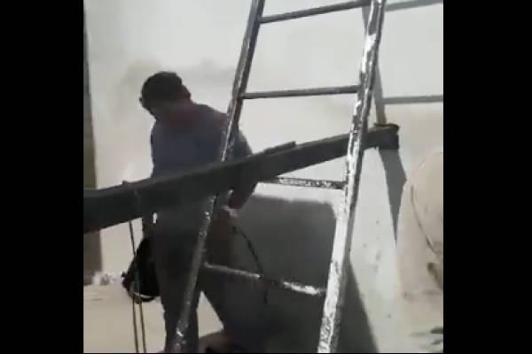albañiles escalera