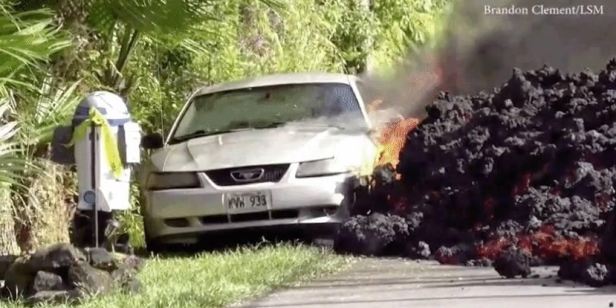 El río de lava engulló su auto, pero perdió algo mucho más valioso