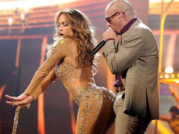 Pitbull y JLo