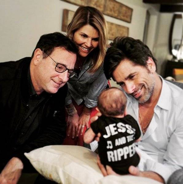 John Stamos e elenco Full House