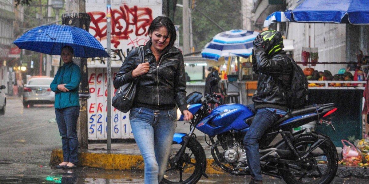Dominará cielo medio nublado con potencial de lluvias en Valle de México