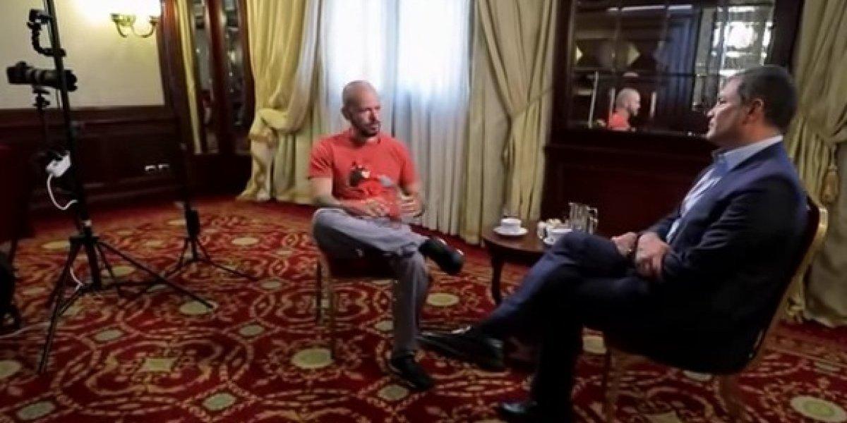 Expresidente de Ecuador entrevista a René Pérez