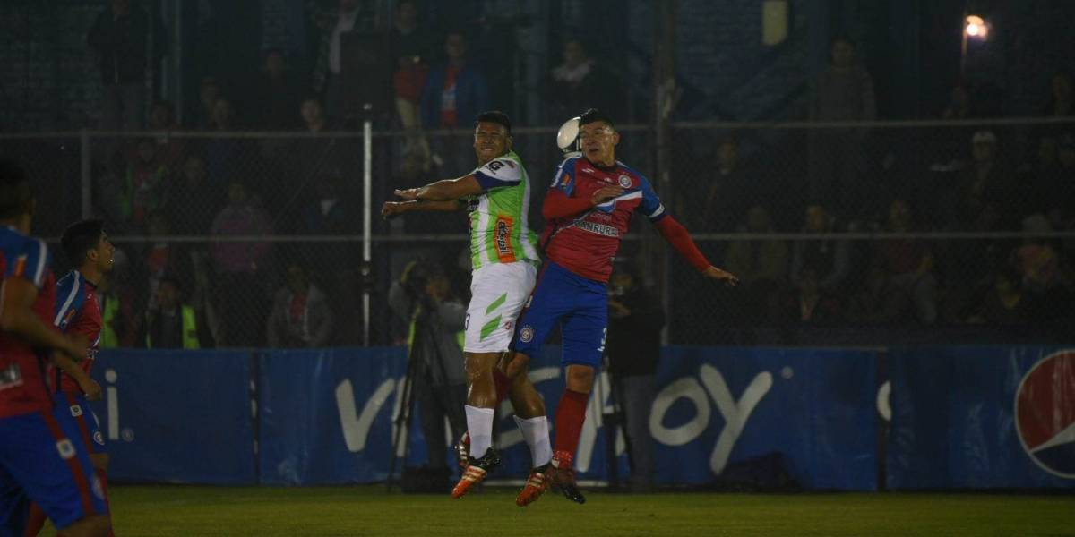Antigua va por la remontada, Xelajú quiere confirmar el pase