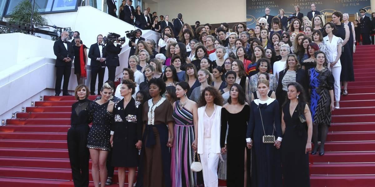 82 mujeres protestan en Festival de Cannes por igualdad