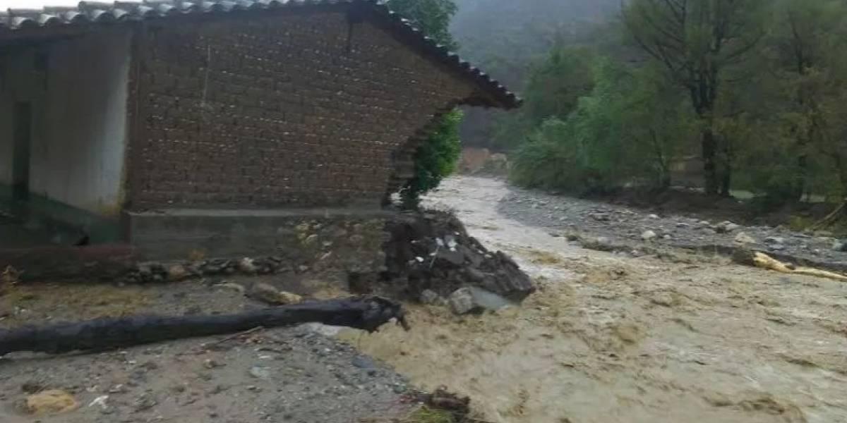 Fallecen dos mujeres a causa de las fuertes lluvias en Oaxaca