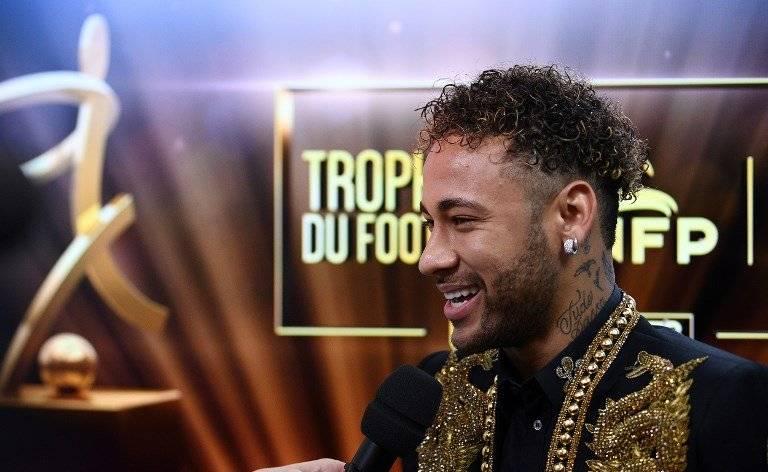Neymar Jr fue elegido como mejor jugador de la liga francesa
