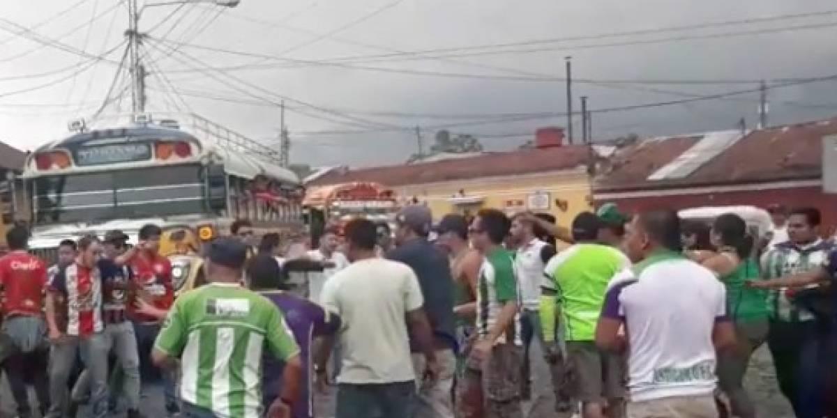 Aficionados de Antigua GFC protagonizan disturbios tras la eliminación de su equipo