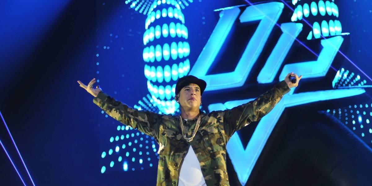 """Daddy Yankee sufre hackeo de """"Dura"""" y elogios de vocalista de Franz Ferdinand"""