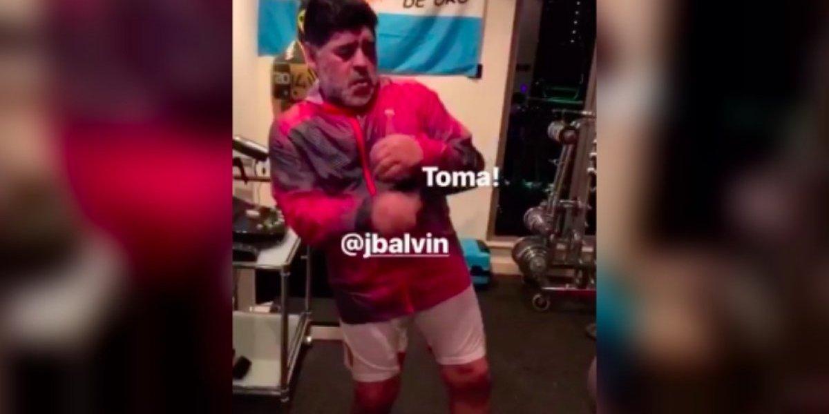 VIDEO: Maradona entrena al ritmo de Maluma y J Balvin