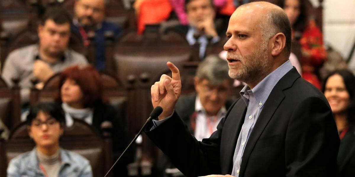"""Álvaro Elizalde: """"El gobierno hace lo que quiere, sin respetar las leyes"""""""