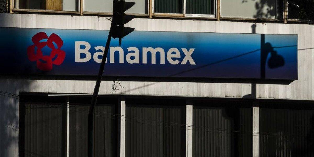 Reportan fallas en cajeros y tarjetas de Citibanamex