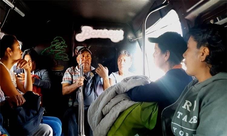 Durante 2016 y 2017, en promedio al día, dos personas denunciaron haber sido asaltadas en el transporte público de la CDMX. UNO TV
