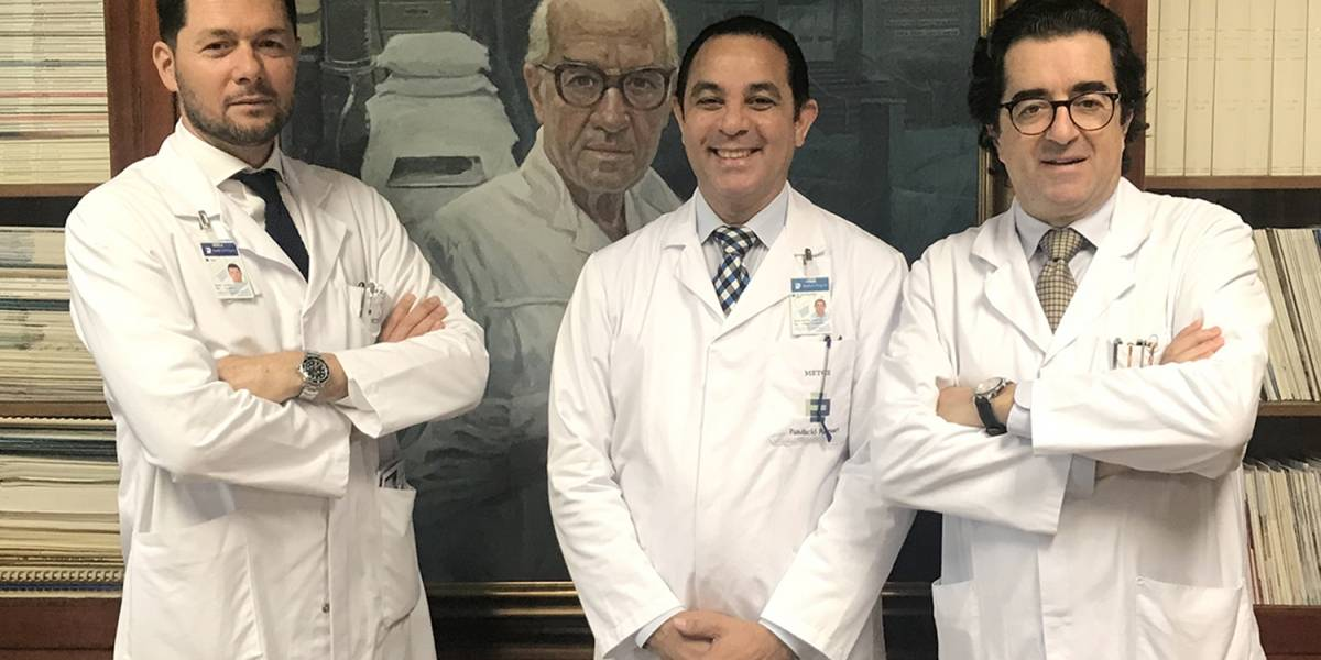 El galeno Pablo Mateo se certifica en urología oncológica