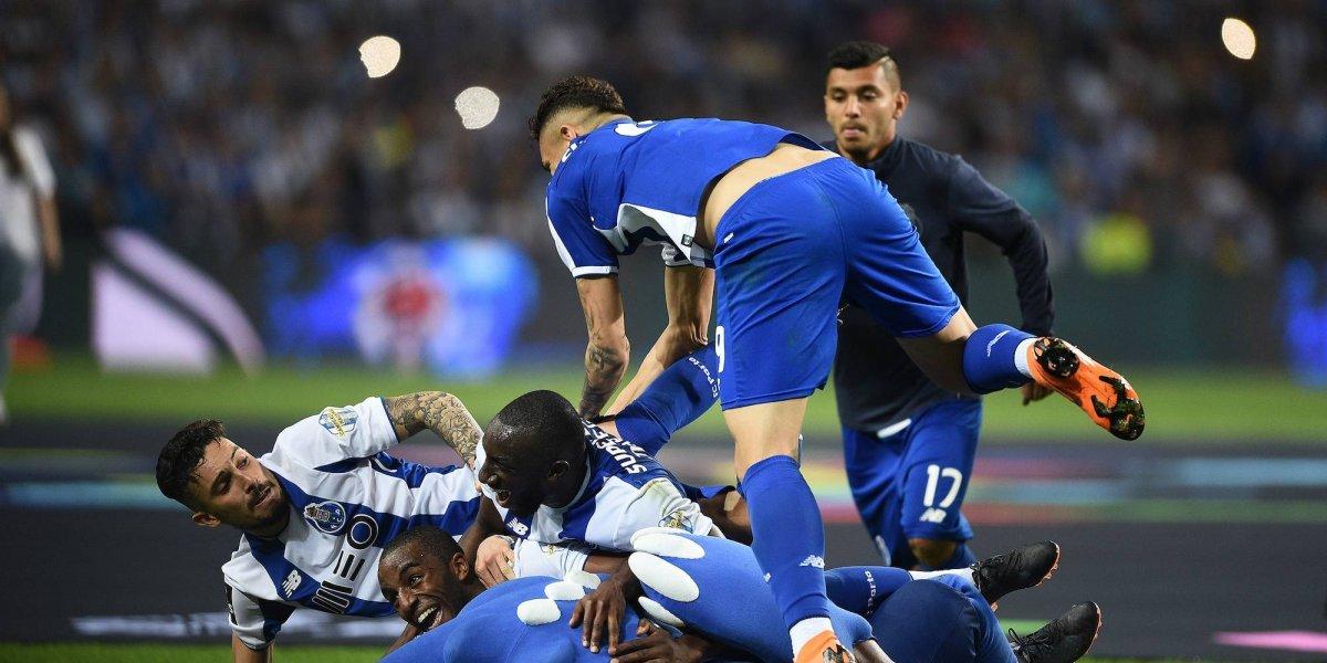'Tecatito' Corona, involucrado en agresión contra Benfica