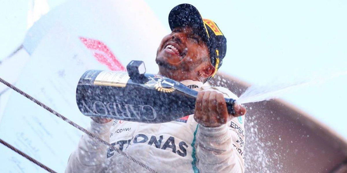 Lewis Hamilton conquista fácilmente el GP de España; Checo Pérez noveno