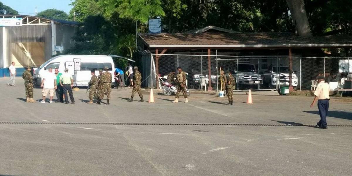 Descartan tensión entre los soldados beliceños y guatemaltecos