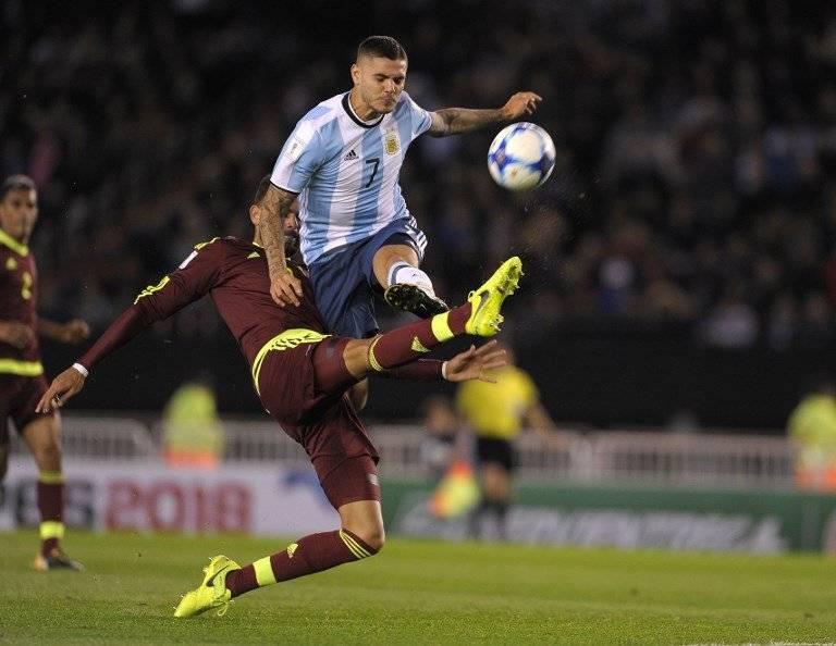 Mauro Icardi durante un partido con la Albiceleste