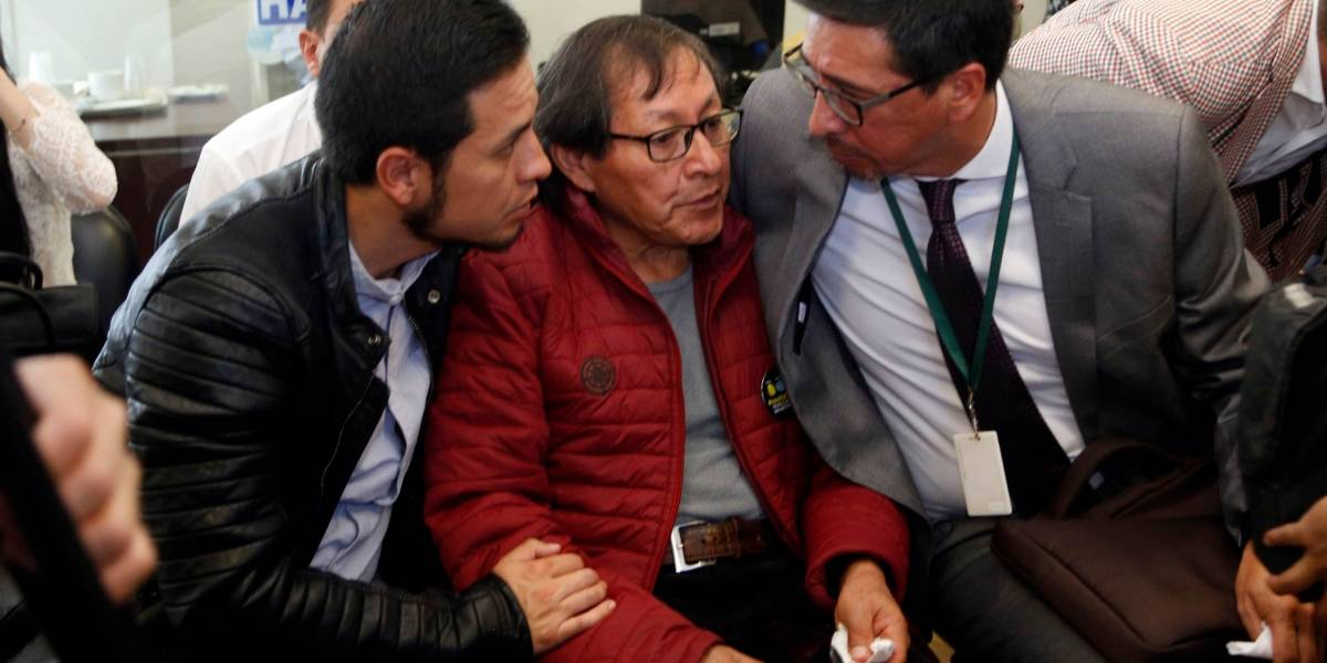 Familiares de periodistas secuestrados reciben camioneta en la que viajaron a la frontera