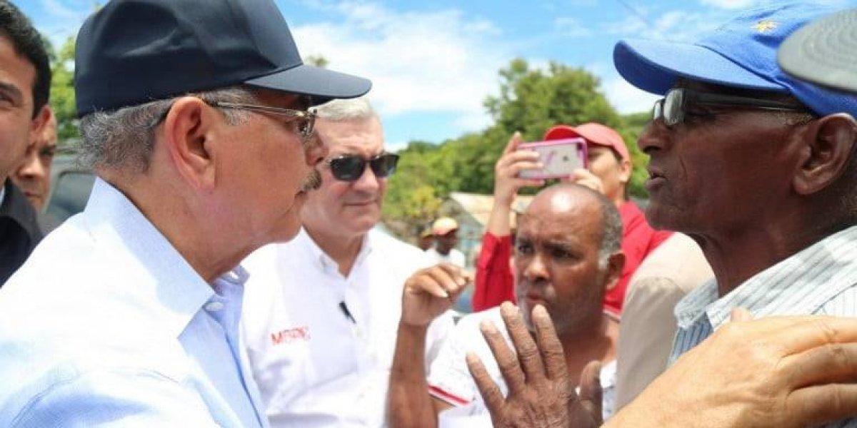 Danilo Medina recorre localidades de la frontera y ordena respuestas a necesidades