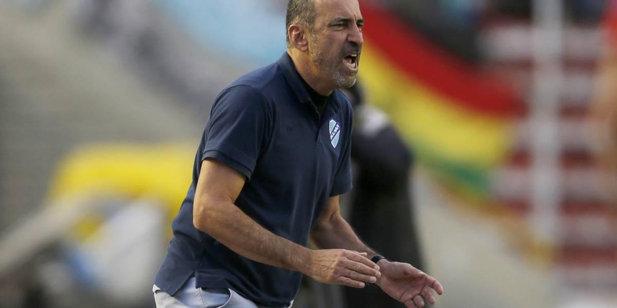DT de Bolívar está preocupado por la hinchada de Colo Colo y por el juego del Mago Valdivia