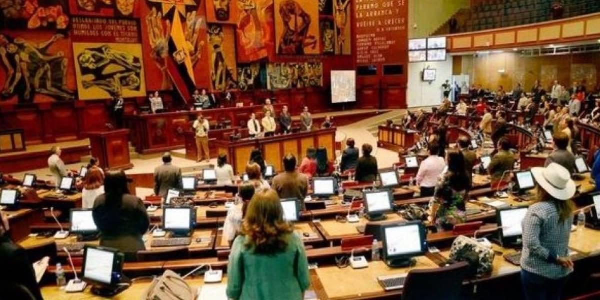 La Asamblea Nacional llama a comparecer a exministros Navas y Zambrano y canciller Espinosa