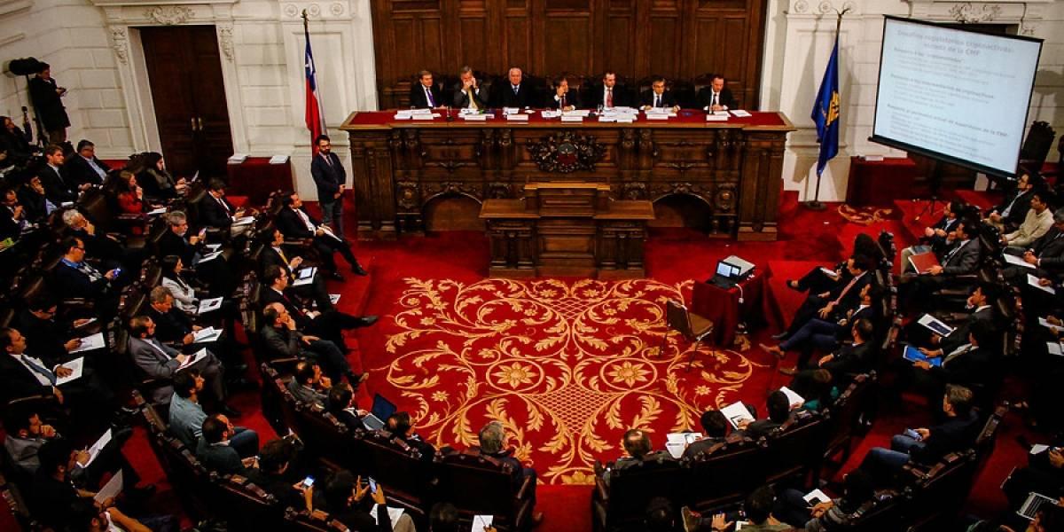 ¿Son una influencia positiva o negativa? Congreso analiza impacto de las criptomonedas en la economía chilena