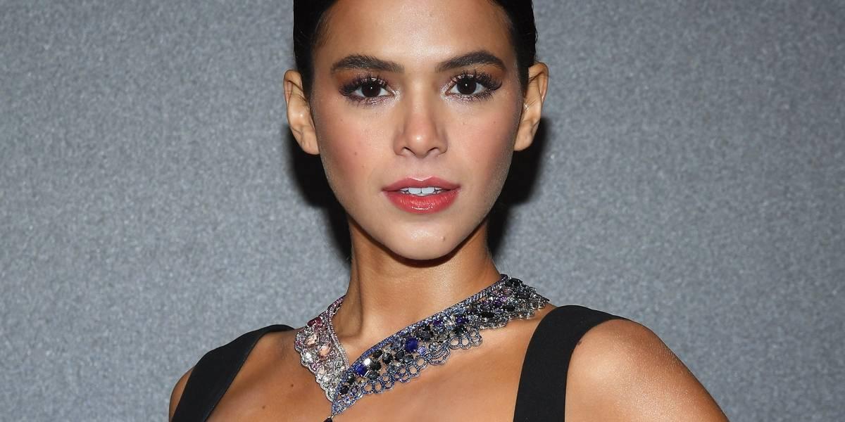 Bruna Marquezine usa colar de mais de R$ 3 milhões em Cannes